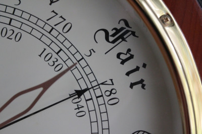 Fair, Barometer Detail